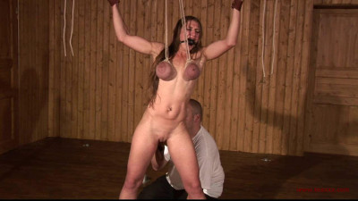 Toaxxx — tx134 Katharina — Breast Predicament & Whipping Session