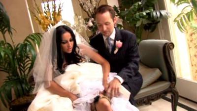 Men fuck hot brides