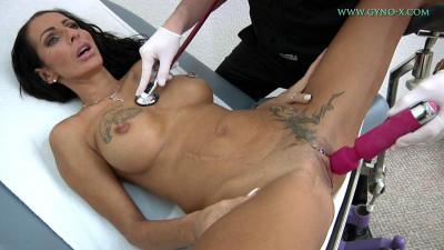 Valentina Sierra – 42 years woman gyno exam
