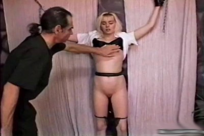 Rick Savage – Bondage Virgin Blondie