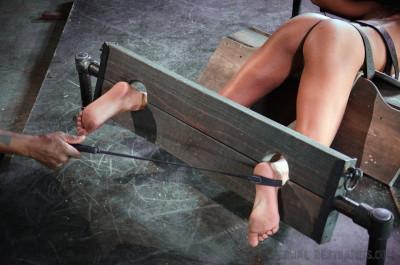Description IR - Nikki Darling, Jack Hammer - The Little Whore That Could, Part 1 - HD