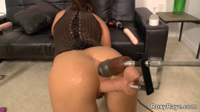 Description Roxy Raye-Mechanical Orgy