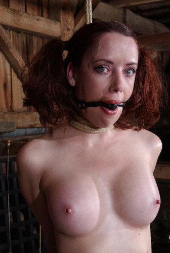 Redhead slave is ready to torture