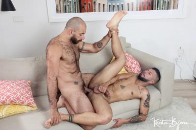 kb - Casting Couch No. 403: Leo Rayo & Jorge Leal Bareback