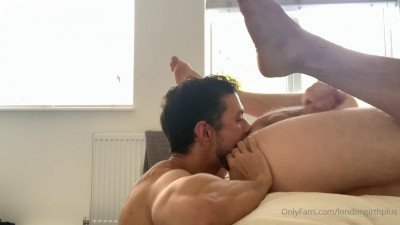 LondonGirthPlus Featuring His Hung Bottom