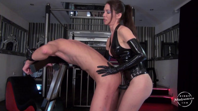 Kinky Mistresses - Fucked In The Pillory