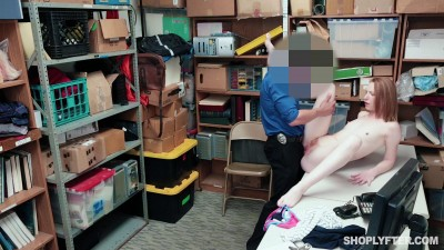 Shoplyfter – Katy Kiss