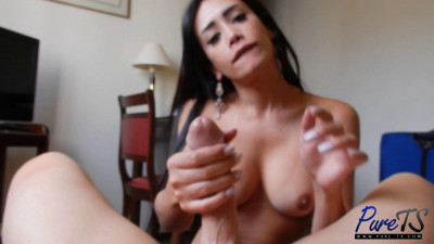 Pure Ts Brazilian superstar Juliana Nogueira jerks off her lover