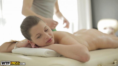 Filthy chick is mad about hot ass massage