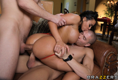 Busty Luna Star Gives Vengeful Fuck With DP