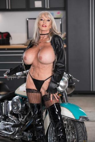 Sally D'Angelo – Bad To The Granny Bone HD 720p