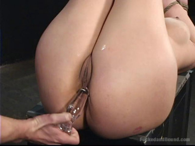 Full-Body Service For Delilah – Only Pain HD