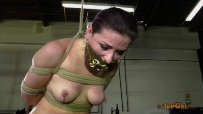 Bondage Doll Caroline Pierce, Friend Dee