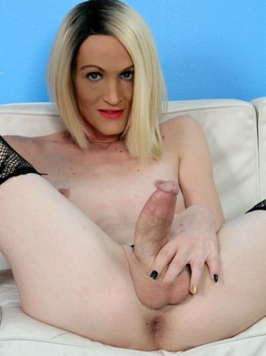 Brooke Zannell Leggy Trans Girl Top Wants To Ram You Non-Stop