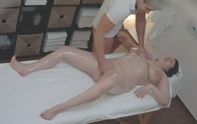 Czech Massage 252