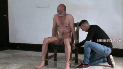 Kieran – Face covered in piss, body flogged, nipple clamps