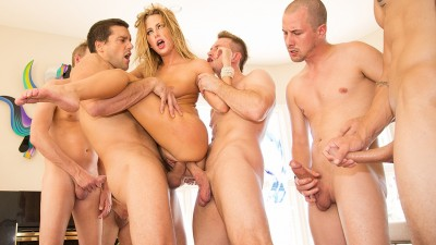 Carter Cruise''s First Gang Bang