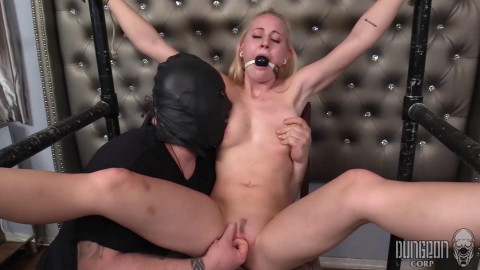 Aubrey Marie - Aubreys First Bondage part 4