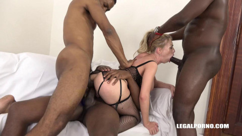 Isabella Clark - Isabella Clark Is Coming To Face 3 Black Bulls IV085 HD 720p