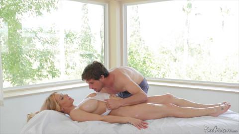 Breast Massage (Rachel Roxxx)