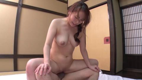 Glamorous Riri Shiraki Likes Creampie Fuck