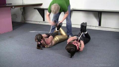 Kitty LaRouge and Elizabeth Andrews - Shiny leggings tickle