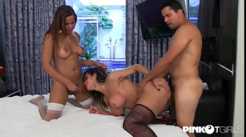 Best Transsexuals In Group Fuck