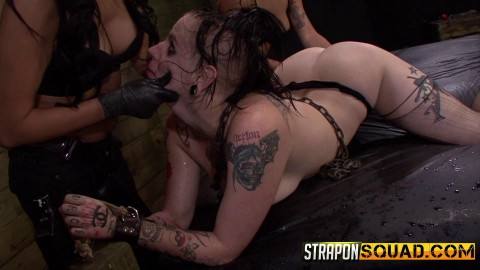Straponsquad - Jul 31, 2015 - Jynx Hollywood Begs for Double Penetration