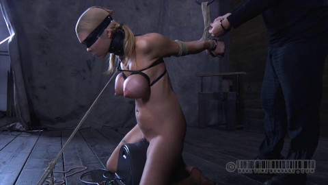 Hard tying, strappado and torment for lewd whore
