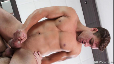 Naked Muscle (Jordan Boss & Scott Demarco) 480p