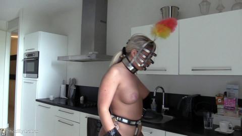 Aubrey – Chastity Cleaning Maid