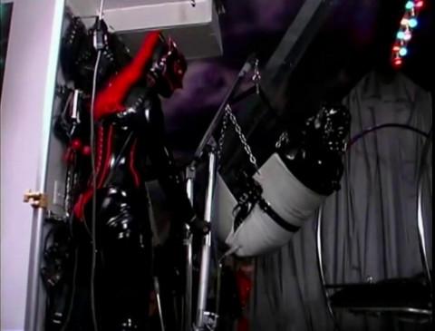 HD Bdsm Sex Videos Amanda Wildefyres Rubber Slaves Head Games