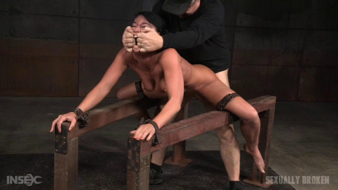 Supple London River tied & split with giant orgasms