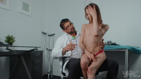 Nikki Kittens - Hands On Treatment