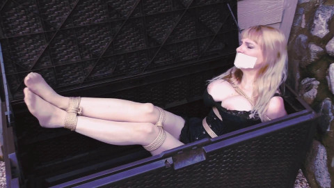 Fastened in Silky Slide Outdoors