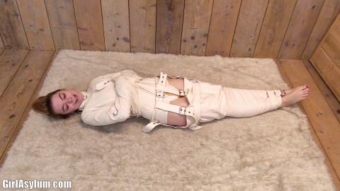 Camushii shackled to the wall vol. 2