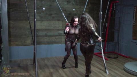 Kora meets the Ass Thrust Walker