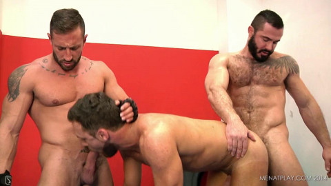 Hot 3some Logan Moore, Caleb Roca & Jessy Ares 720p