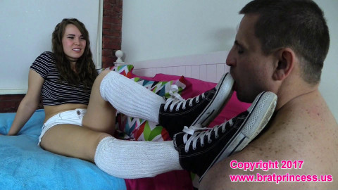 Stupid Worships 19 Year Old Brats Sneakers and Feet before Shopping