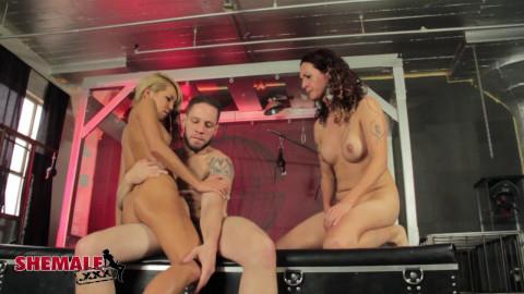 Miran / Superstar Miran Does A Threesome!