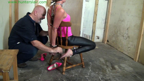 HunterSlair - Bella Lovez - Handcuffed toe-tied & tickled