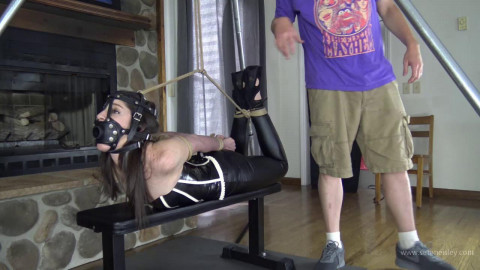 Arielle Lane: Tight Pulley Hogtie