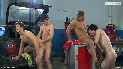 Raw Service, Scene 4