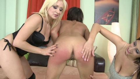 HuntErotic - Lea Lexis, Sensual Jane & Blanka Hot - Spanking