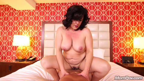 Trudy - Freaky hairstylist Milf does first porn (2018)