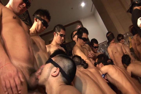 First-ever Wildest 108-Persons Goggled Orgy! - Disc 2 of 3