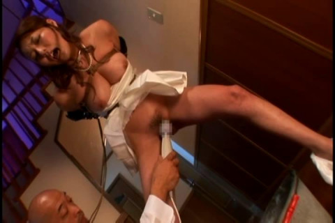 Celebrity Wife Humiliation And Rope