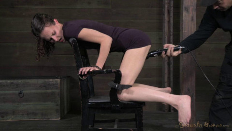 Innocent face, deep throating champ! Bonnie Day brutally pounded and bred (2014)