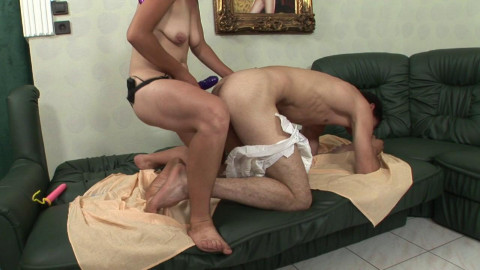 Kinky guy loves to be banged horny mature hoe