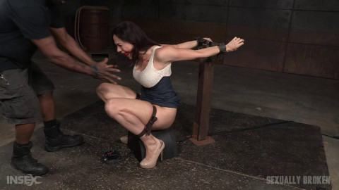 Gets A Orgasm & Facefucking Overload (Chanel Preston) Sexually Broken
